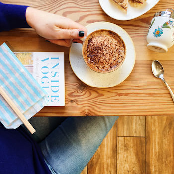 Coffee and cake at Sppon in Henley-on-Thames, by Helen Perry