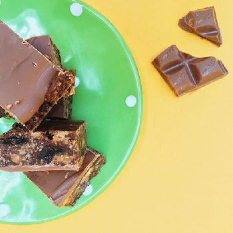 Chocolate biscuit fridge cake recipe